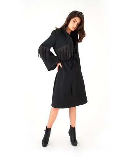 Women&Women Püskül Detaylı Siyah Uzun Palto Siyah
